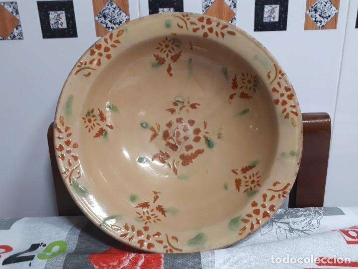 ANTIGUA FUENTE LA BISBAL (Antigüedades - Porcelanas y Cerámicas - La Bisbal)