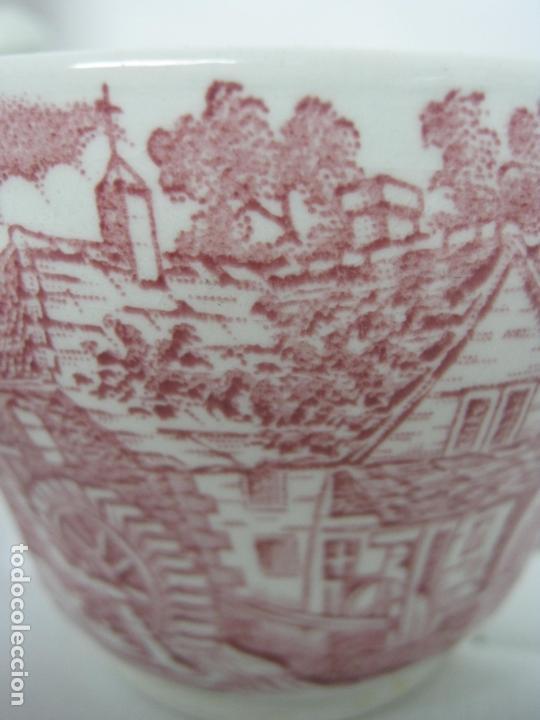 Antigüedades: Juego de cafe porcelana de Staffordshire, sellado base : cafetera lechera azucarero y 2 tazas platos - Foto 6 - 166723614