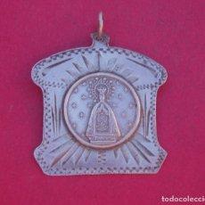 Antigüedades: MEDALLA ANTIGUA EN PLATA VIRGEN DE LA ASUNCIÓN DE ELCHE. ALICANTE. . Lote 166727102
