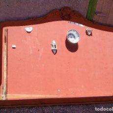 Antigüedades: ANTIGUO GRAN ESPEJO. MADERA DE HAYA. BISELADO. RESTAURADO. Lote 166749734