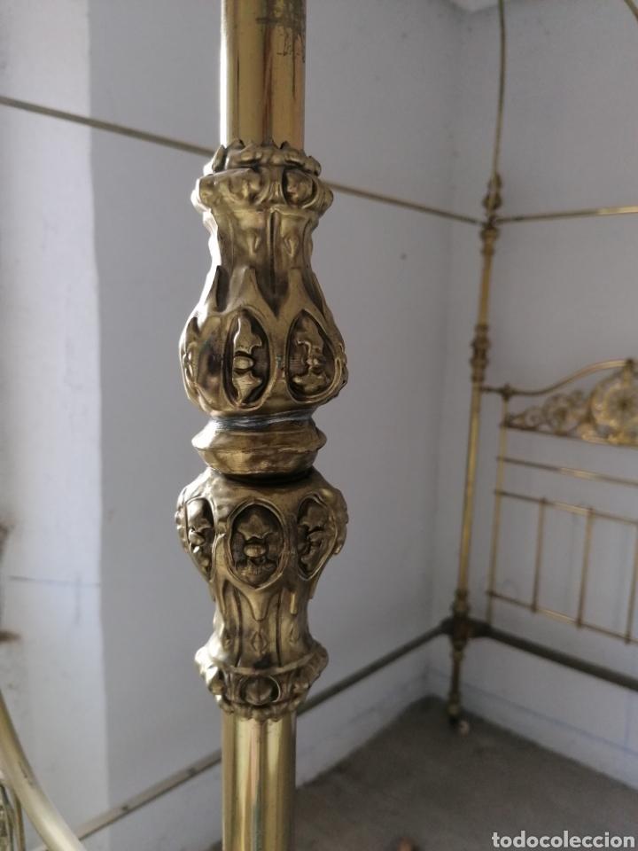 Antigüedades: Cama metal dorada isabelina antigua - Foto 3 - 166752676