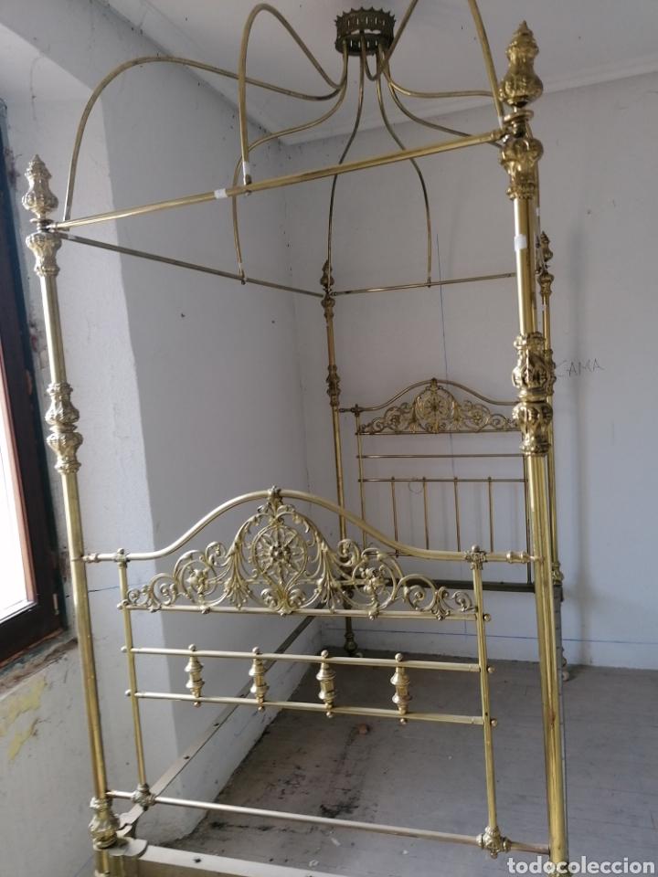 Antigüedades: Cama metal dorada isabelina antigua - Foto 7 - 166752676