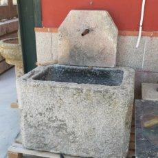 Antigüedades: ANTIGUA FUENTE DE PARED PIEDRA GRANITO PILA Y CAÑO. Lote 166764405