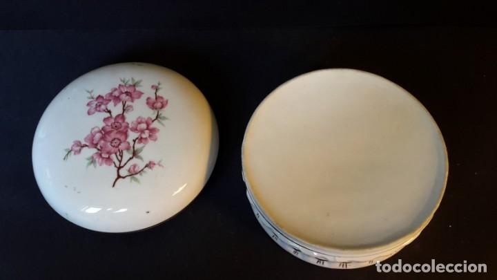 Antigüedades: Antiguo joyero de porcelana - Foto 4 - 166765266