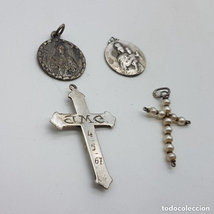 Antigüedades: Grupo de cruces y medallas antiguas en plata de ley. - Foto 4 - 166775226