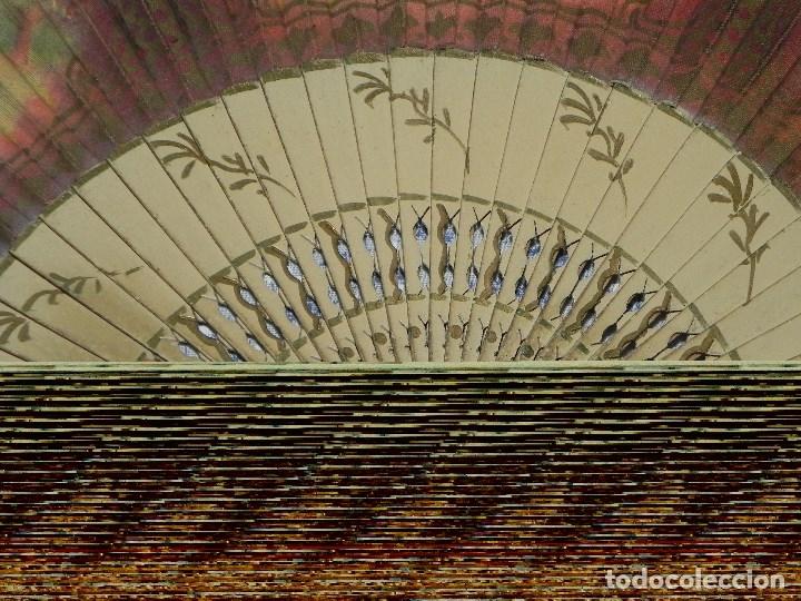 Antigüedades: Vendo Abanico años 50 muy decorativo pintado a mano - Foto 9 - 103379339