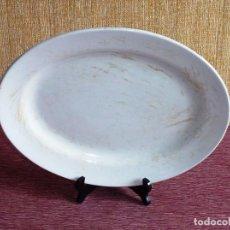 Antigüedades: ANTIGUA FUENTE DE CERAMICA CHINA OPACA I T SANTANDER.. Lote 166846374