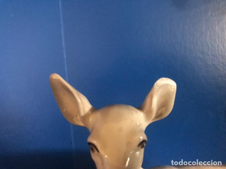 Antigüedades: Figura porcelana firmada - Foto 3 - 166875324