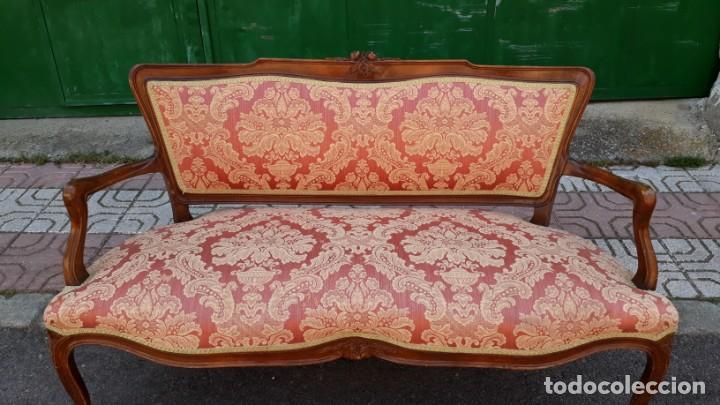 Antigüedades: Pequeño tresillo sofá antiguo estilo Luis XV. 116 CM LARGO. + 2 sillones antiguos vintage. - Foto 3 - 166884288
