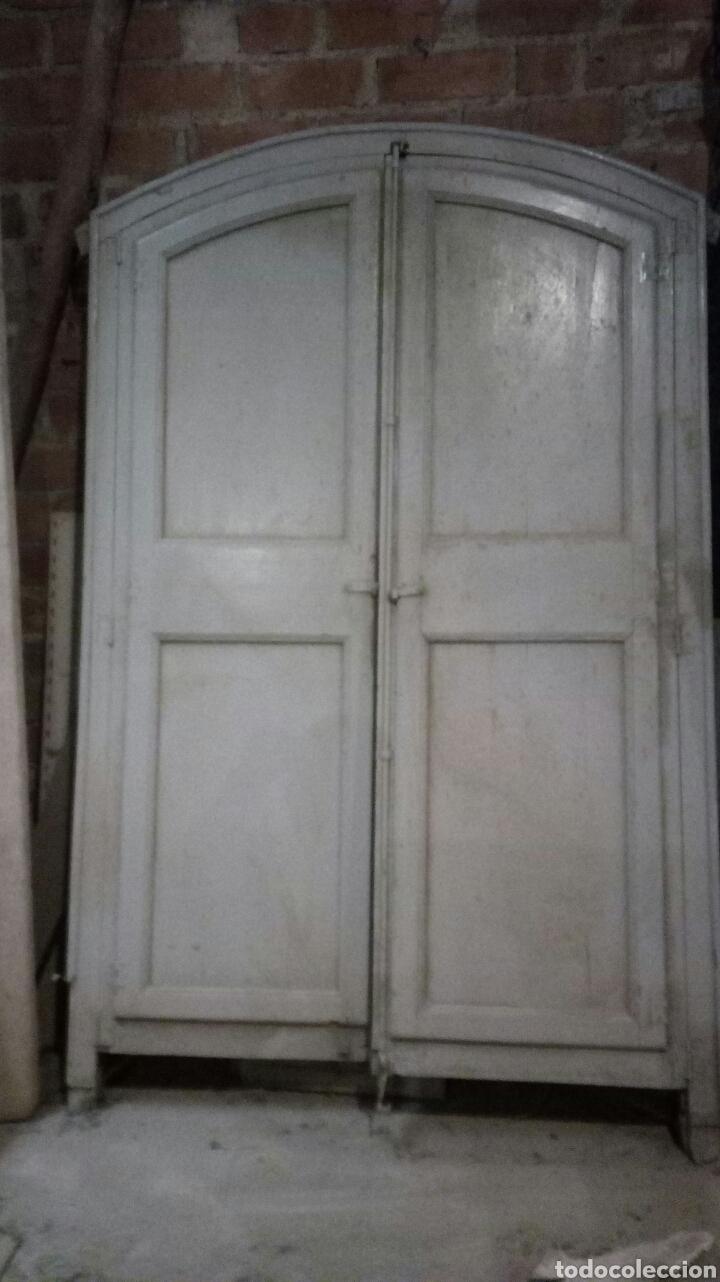 PUERTA ANTIGUA CON MARCO / RECOGIDA A CARGO DEL COMPRADOR (Antigüedades - Muebles Antiguos - Auxiliares Antiguos)