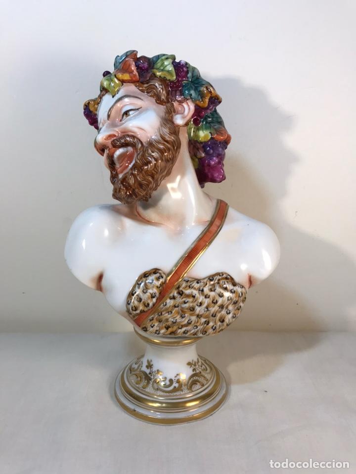 FIGURA PORCELANA-ITALIA-NÁPOLES- BUSTO DE BACO/DIONISO- 25 CM. (Antigüedades - Porcelanas y Cerámicas - Otras)