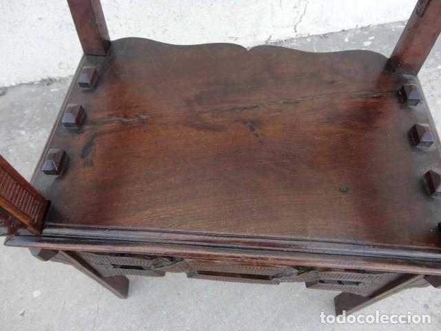 Antigüedades: Sillon antiguo, renacimiento madera de nogal tallada - Foto 15 - 166898488