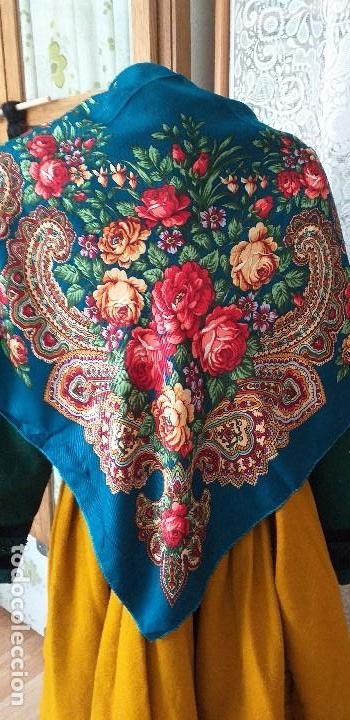MANTÓN O PAÑUELO INDUMENTARIA FOLCLORE (Antigüedades - Moda - Mantones Antiguos)