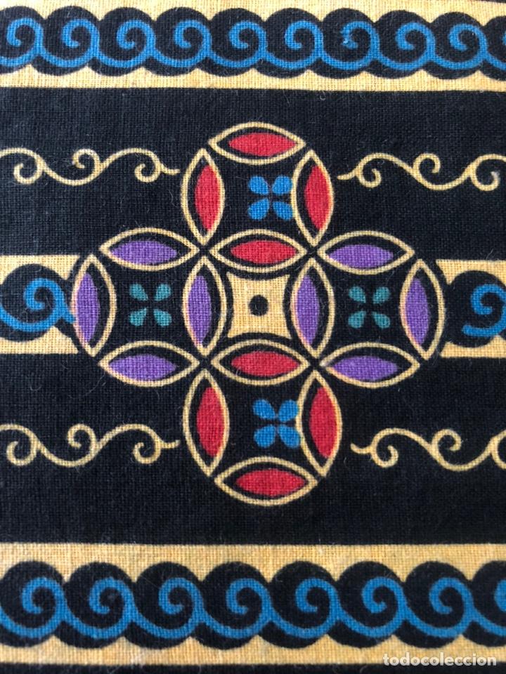 Antigüedades: Antiguo pañuelo regional estampado siglo XIX - Foto 6 - 166901805