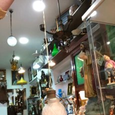 Antigüedades: PRECIOSA TULIPA LAMPARA TIPO MODERNISTA - MEDIDA TULIPA 17X12 CM - VINTAGE. Lote 166916304