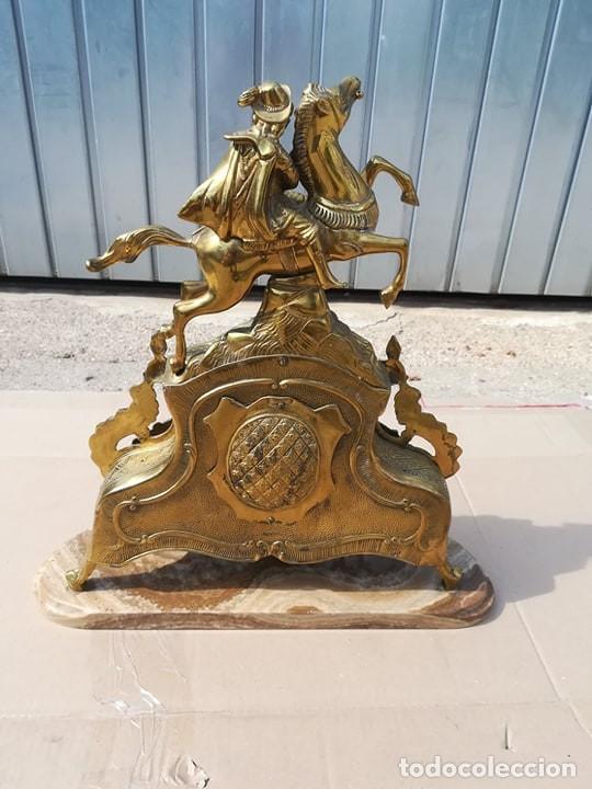 Antigüedades: reloj mesa marmol y bronce (sin soneria, o mecanismo) solo decoracion caballo jinete - Foto 2 - 166925792