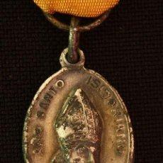 Antigüedades: MEDALLA RELIQUIA SAN ISIDORO-AÑO SANTO ISIDORIANO. Lote 166939524