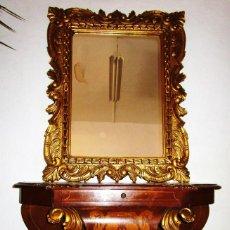 Antigüedades: PRECIOSA CONSOLA EN MADERA MARQUETERIA Y TALLA DORADA CON ESPEJO CORNUCOPIA LUIS XVI. Lote 166957880