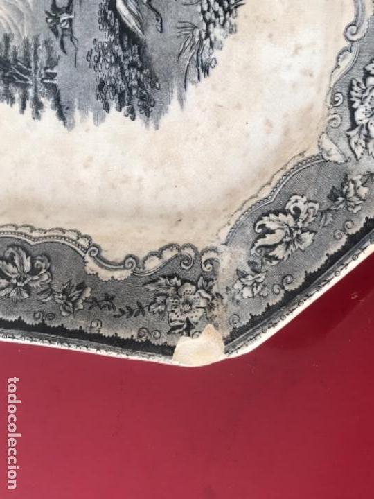 Antigüedades: FUENTE DE CARTAGENA. FABRICA DE LA AMISTAD. ESCENA CAZA DEL TORO. FINALES DEL S. XIX. - Foto 3 - 166986488