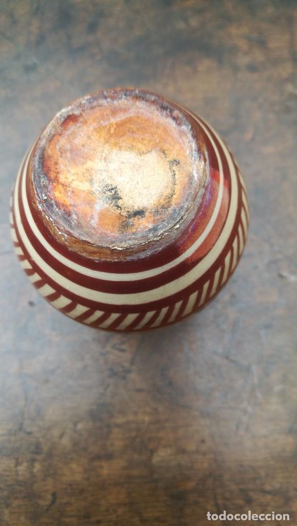 Antigüedades: Violetero principios siglo XX de Manises reflejos dorados - Foto 3 - 166991052