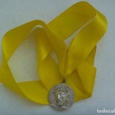 Antigüedades: SEMANA SANTA DE SEVILLA : MEDALLON DEL SANTISIMO CRISTO DE BURGOS. Lote 167037968
