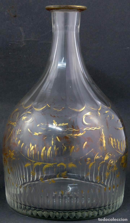 Antigüedades: Pareja de licoreras en cristal soplado tallado y dorado de La Granja siglo XIX - Foto 4 - 167104700