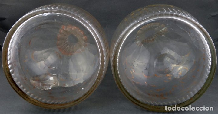 Antigüedades: Pareja de licoreras en cristal soplado tallado y dorado de La Granja siglo XIX - Foto 7 - 167104700