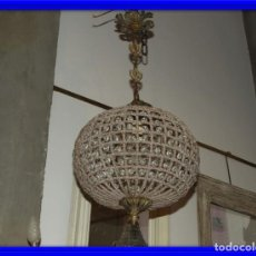 Antigüedades: LAMPARA GLOBO DE CRISTALES Y BRONCE. TENGO OTRA MAS GRANDE. Lote 167138392