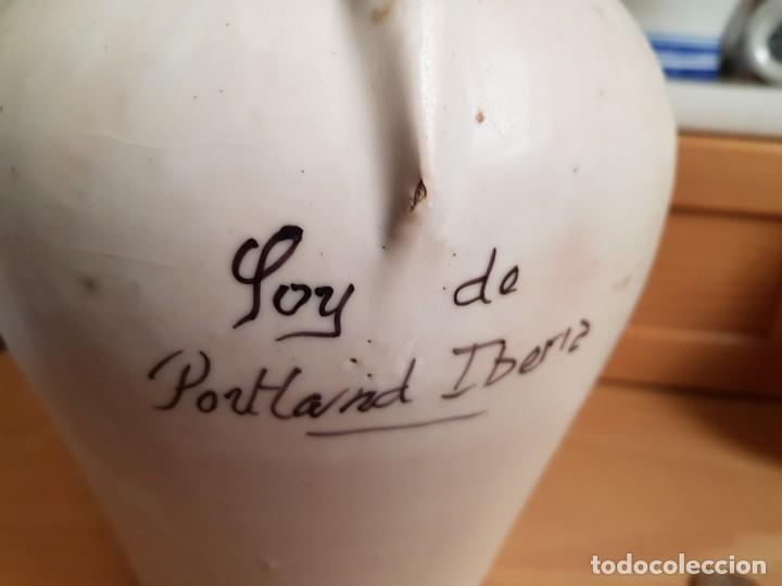 Antigüedades: Jarra - Aceitera PORTLAND IBERIA, sellada TALAVERA. Escrito soy de PORTLAND IBERIA. España, siglo XX - Foto 4 - 167139044