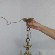 Antigüedades: PRECIOSA LAMPARA DE PORCELANA DE MANISES, ESTILO FLORAL, PINTADA A MANO. Lote 167153368