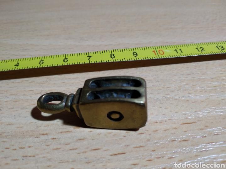 Antigüedades: Colgante polea metálico o llavero - Foto 2 - 167170654
