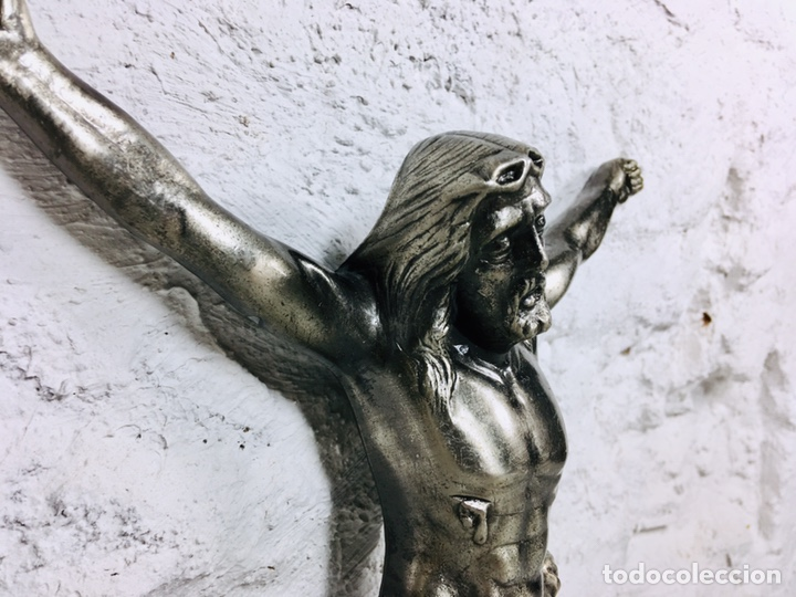 Antigüedades: CRISTO DE PARED CRUCIFIJO CRUZ DE CALAMINA AÑOS 70 IMAGEN RELIGIOSA - Foto 3 - 167184548