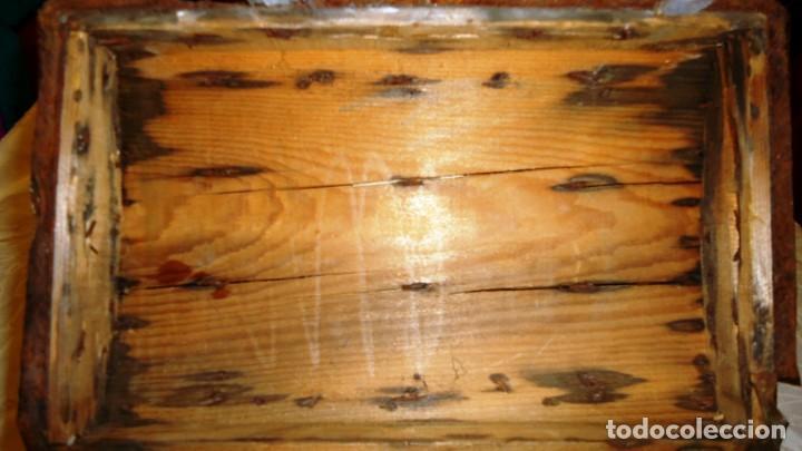 Antigüedades: Antiguo baul con cerradura en madera y metal principios XX - Foto 9 - 167465380