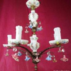 Antigüedades: LAMPARA ANTIGUA ORIGINAL FLORES CERAMICA MANISES CIRCA 1920 ESTILO MEISSEN. Lote 167477988