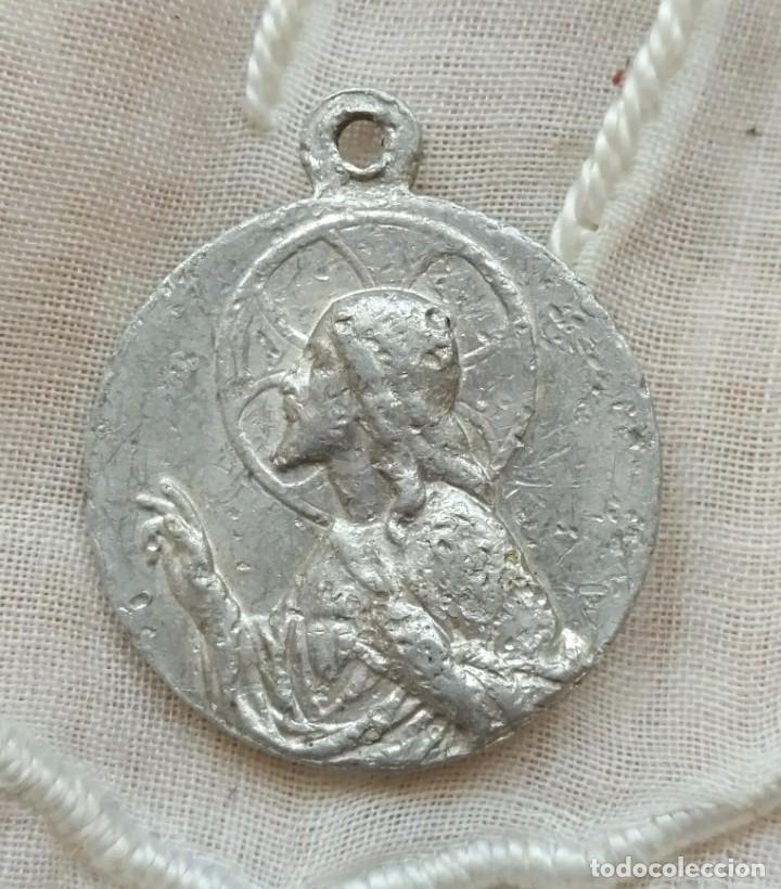 Antigüedades: Escapulario aluminio - Virgen y Sagrado Corazón - 2cm diámetro - Foto 2 - 167539356
