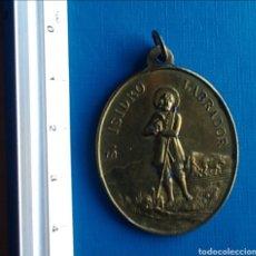 Antigüedades: MEDALLA MEDALLON ANTIGUO SAN ISIDRO LABRADOR / 30 X 40 MM. Lote 167547916