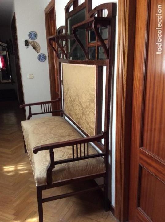 SOFÁ MODERNISTA CON ESPEJOS (Antigüedades - Muebles Antiguos - Sofás Antiguos)