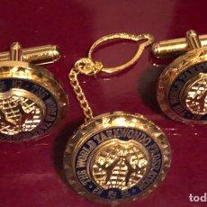 Oggetti Antichi: MAGNÍFICO CONJUNTO DE GEMELOS Y PIN, DE LA FEDERACIÓN MUNDIAL DE TAEKWONDO. Lote 167582048