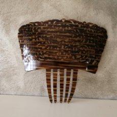 Antigüedades: TEJA PEINETA MANTILLA ESPAÑOLA SIMIL CAREY. Lote 167621150