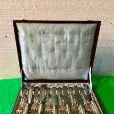 Antigüedades: CUBERTERIA DE PLATA DE 12 PIEZAS DE 925 G. Lote 194321850