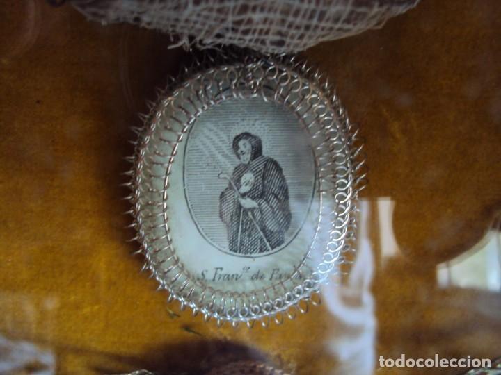 Antigüedades: (ANT-190610)ANTIGUO RELICARIO DE SAN FRANCISCO DE PAULA - MARCO Y CRISTAL - Foto 4 - 167670552