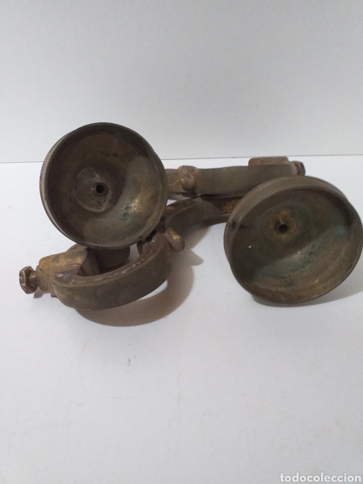 Antigüedades: Pareja de apliques de bronce macizo, ideales para hacer apliques de pared, esa era su función. - Foto 3 - 167691598