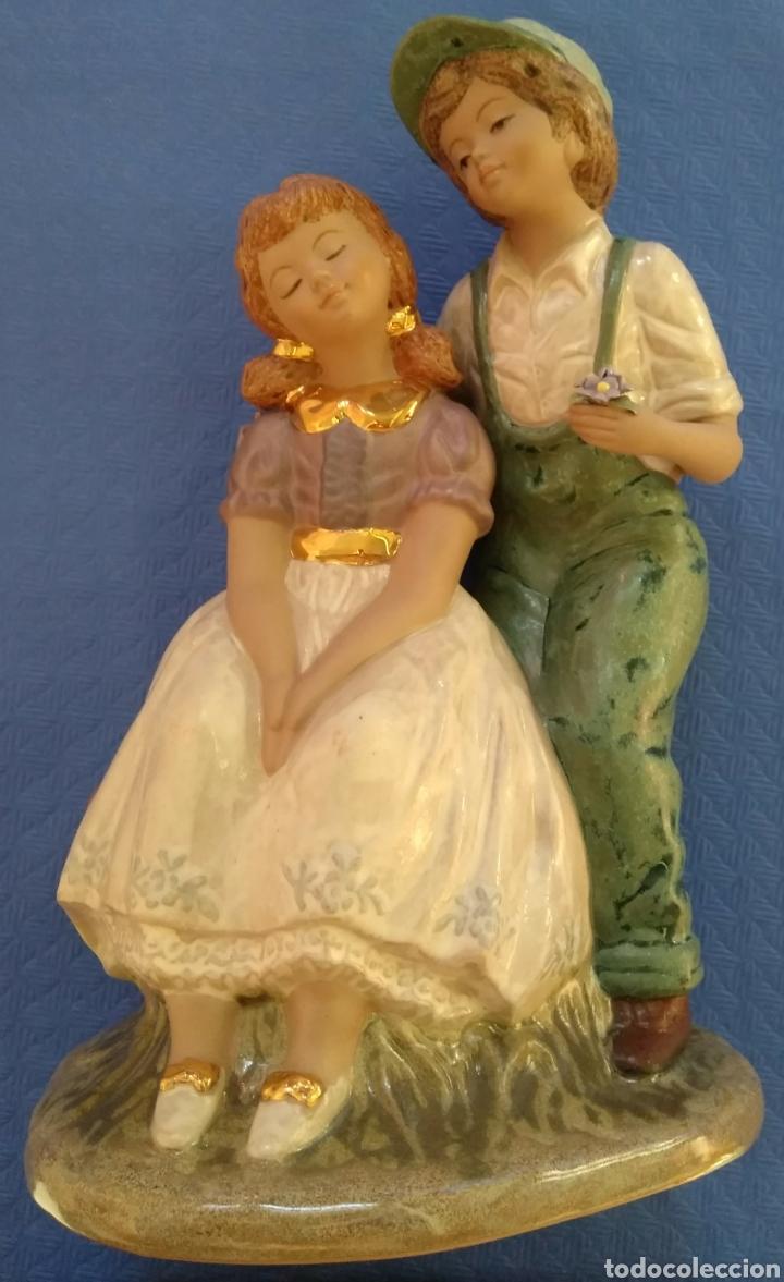 FIGURAS PONS COLLECTOR PAREJA DE JÓVENES (Antigüedades - Hogar y Decoración - Figuras Antiguas)