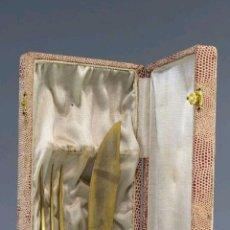 Antigüedades: JUEGO DE DOS CUBIERTOS DE TRINCHAR EN PLATA. Lote 167744386