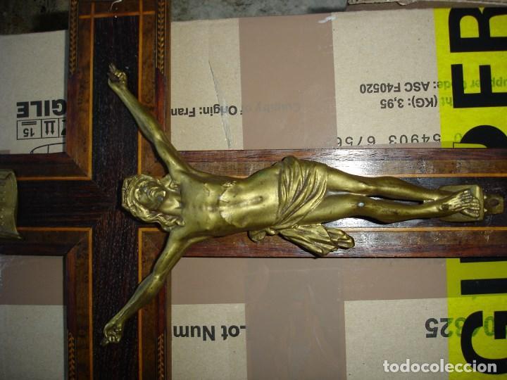 Antigüedades: bonito crucifijo cristo en bronce buena fineza ver fotos - Foto 2 - 167809745