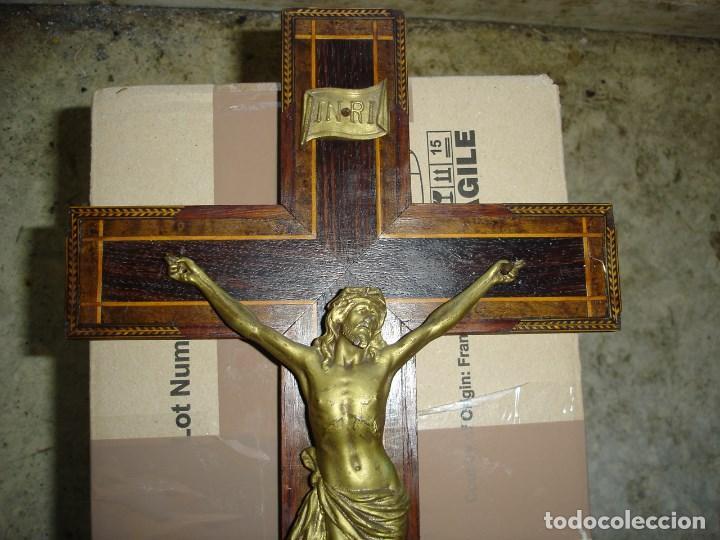 Antigüedades: bonito crucifijo cristo en bronce buena fineza ver fotos - Foto 3 - 167809745