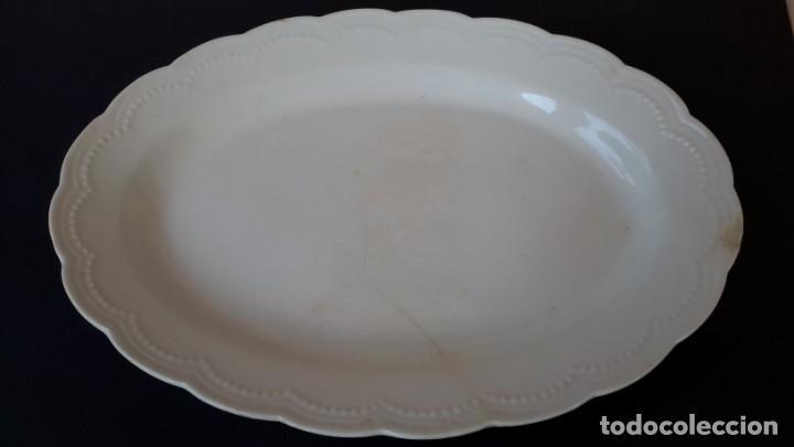Antigüedades: Juego de 4 fuentes y salsera de porcelana opaca, sevilla. - Foto 2 - 167813276