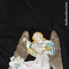 Antigüedades: ÁNGEL MUSICAL PARED EN AUTÉNTICA PORCELANA ALGORA DOCUMENTADA. PIEZA RARA EN PERFECTO ESTADO. Lote 167828422