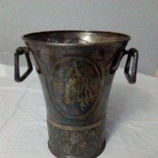 Antigüedades: CUBITERA ANTIGUA ALPACA PLATEADA. Lote 167869836