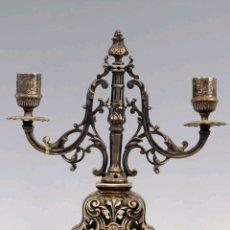 Antigüedades: CANDELABRO EN METAL PLATEADO S.XIX. Lote 167878506